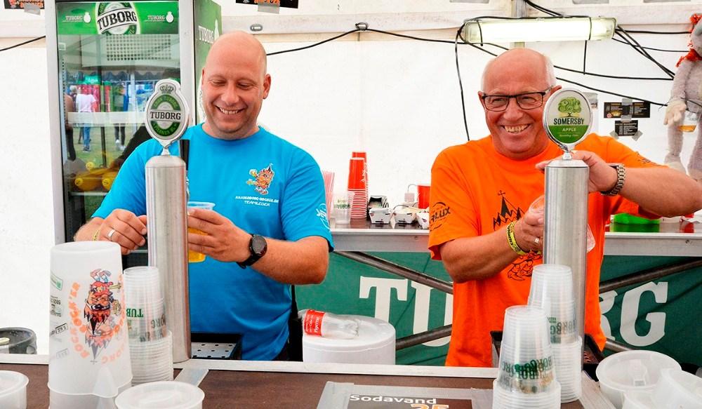 Ulrik Andersen og Mogens Larsen er blandtde mange hundrede frivillige til Kalundborg Rock´er. De har begge været med i alle 20 år. Foto: Jens Nielsen