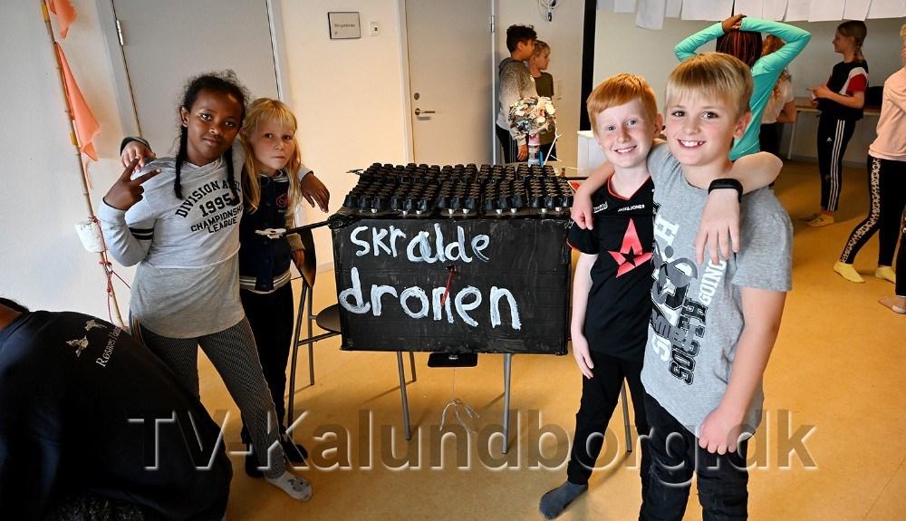 Skraldedronen lavet af Riyan, Natasia, Sander og Oskar. Foto: Jens Nielsen