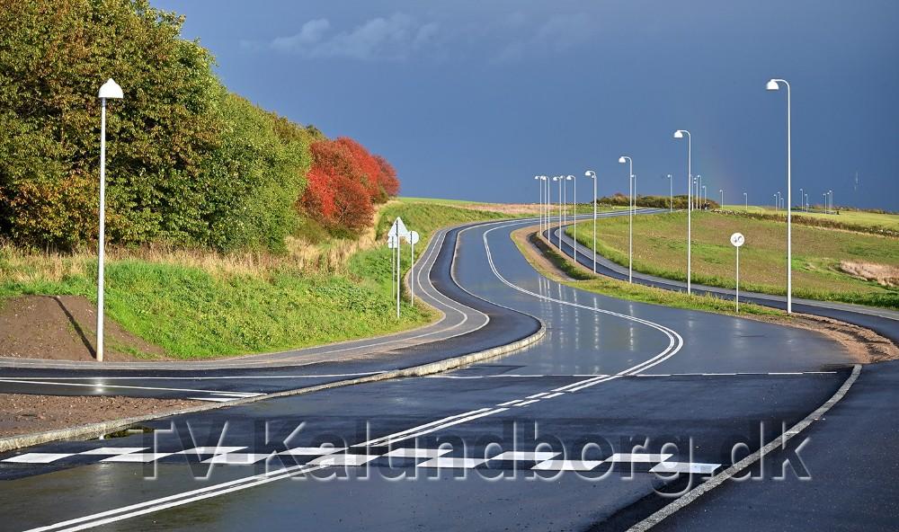 Vejen snor sig smukt gennem landskabet. Foto: Jens Nielsen