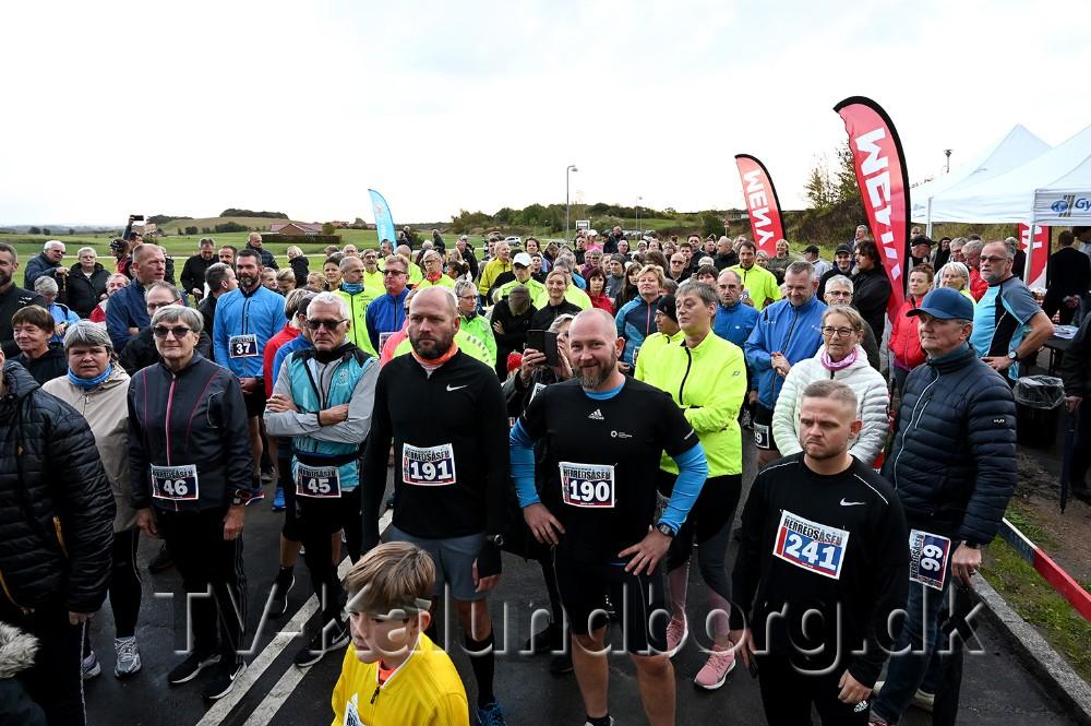 Omkring 250 løbere mødte op til indvielsen. Foto: Jens Nielsen