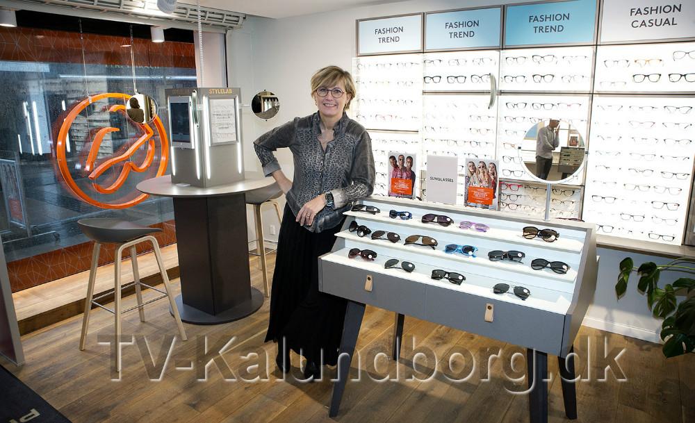 Lonnie Bjørklund i den ombyggede butik. Foto: Jens Nielsen