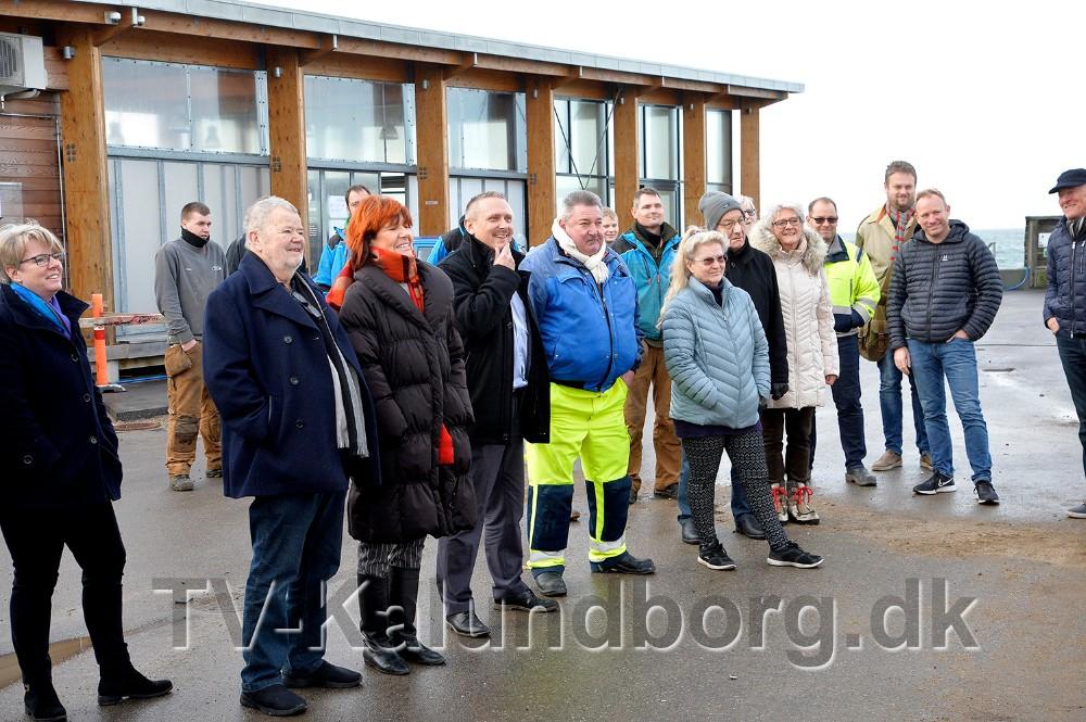 Fredag formiddag var der inviteret til rejsegilde på det nye byggeri på Røsnæs Havn. Foto: Jens Nielsen