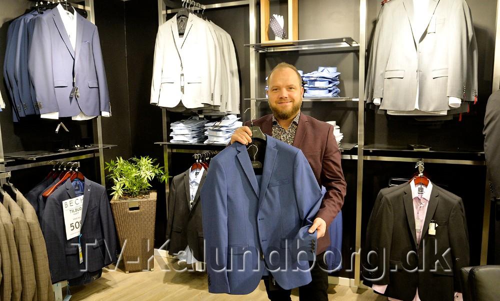 Butikschef Thomas Nielsen fra Bech er klar til, sammen med Vero Moda, at vise moden til årets konfirmander ved et stort modeshow. Foto: Jens Nielsen