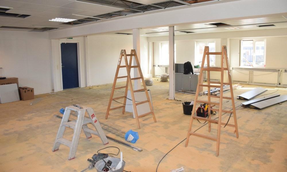 Lokalerne på 1. sal i Vænget, der er i gang med at blive istandsat. Foto: Gitte Korsgaard.
