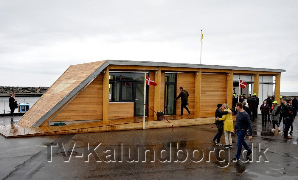 Havkatten på Røsnæs Havn blev indviet fredag. Torsdag i næste uge åbner kiosken. Foto: Jens Nielsen