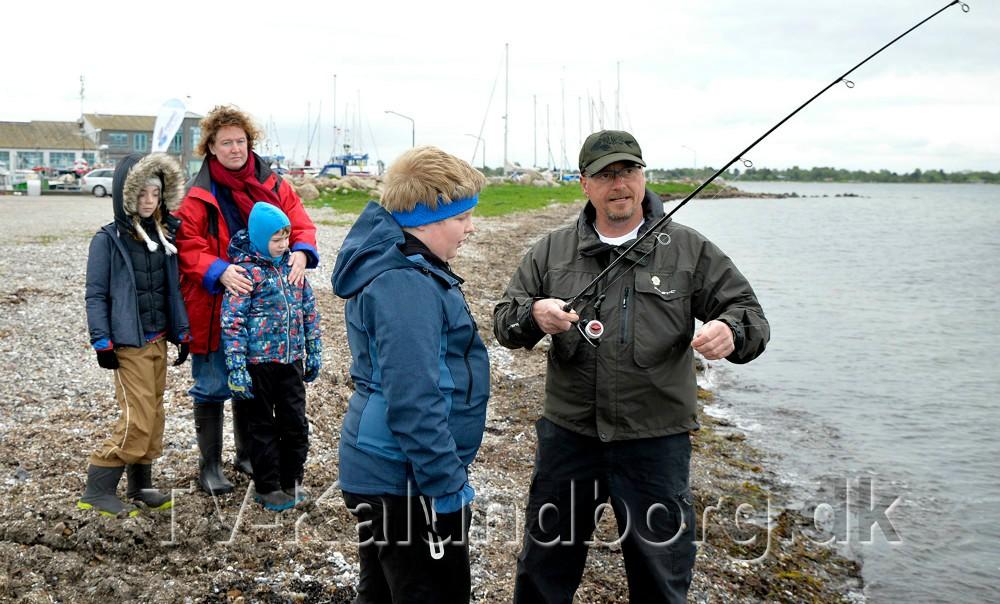 Lystfiskeri for alle aldre i efterårsferien. Foto: Jens Nielsen