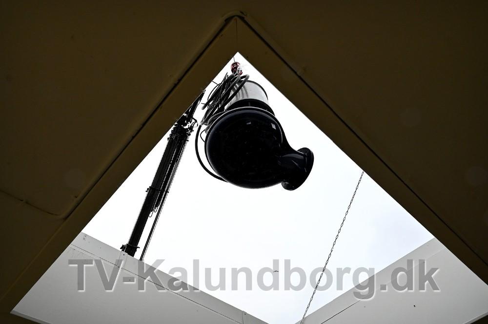 De fire nye pumper blev løftet ned gennemtaget på pumpestationen. Foto: Jens Nielsen