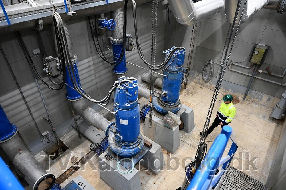 De gamle pumper bliver nu udskiftet. Foto: Jens Nielsen