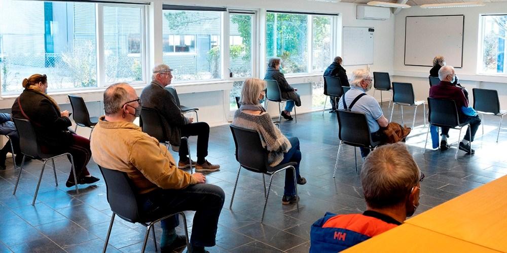 Borgerne skal vente i 15 min. efter de er stukket. Foto: Jens Nielsen