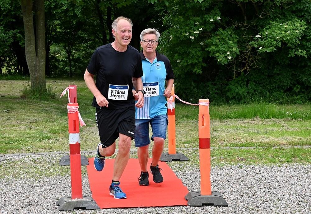 Borgmester Martin Damm løb sammen med formand for 5-Tårns Motion, Erik Johnsen. Foto: Jens Nielsen