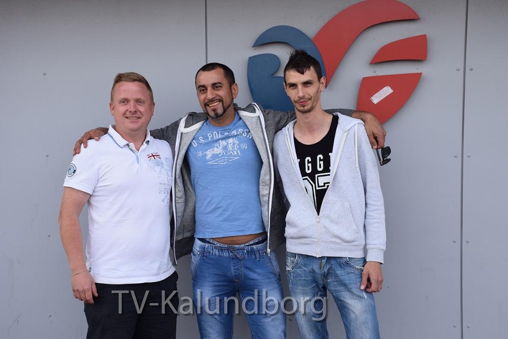 Theis Olsen fra 3F sammen med Vasilica Puricoi og Alexandru Baluta, der begge er fra Rumænien, men har arbejdet og boet i Danmark siden 2013. Foto. Gitte Korsgaard.
