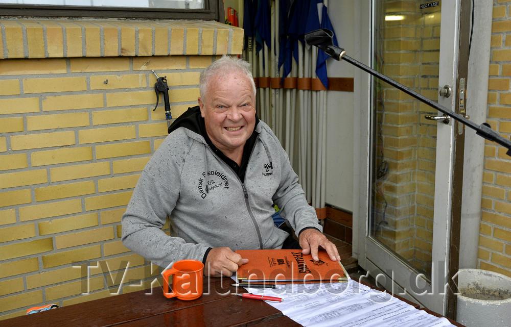 Erik Elmelund, der er formand for Dansk Skoleidræt Vestsjælland, som stævneansvarlig. Foto: Jens Nielsen
