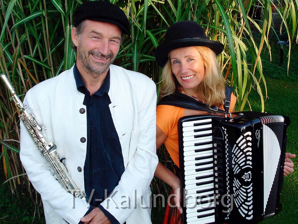 Søndag den 21. januar kan man høreKlezmerduospille på Musisk Skole i Kalundborg.