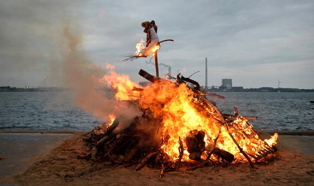 Der bliver igen i år afholdtSanktHans aften i havneparken i Kalundborg. Arkivfoto: Jens Nielsen.