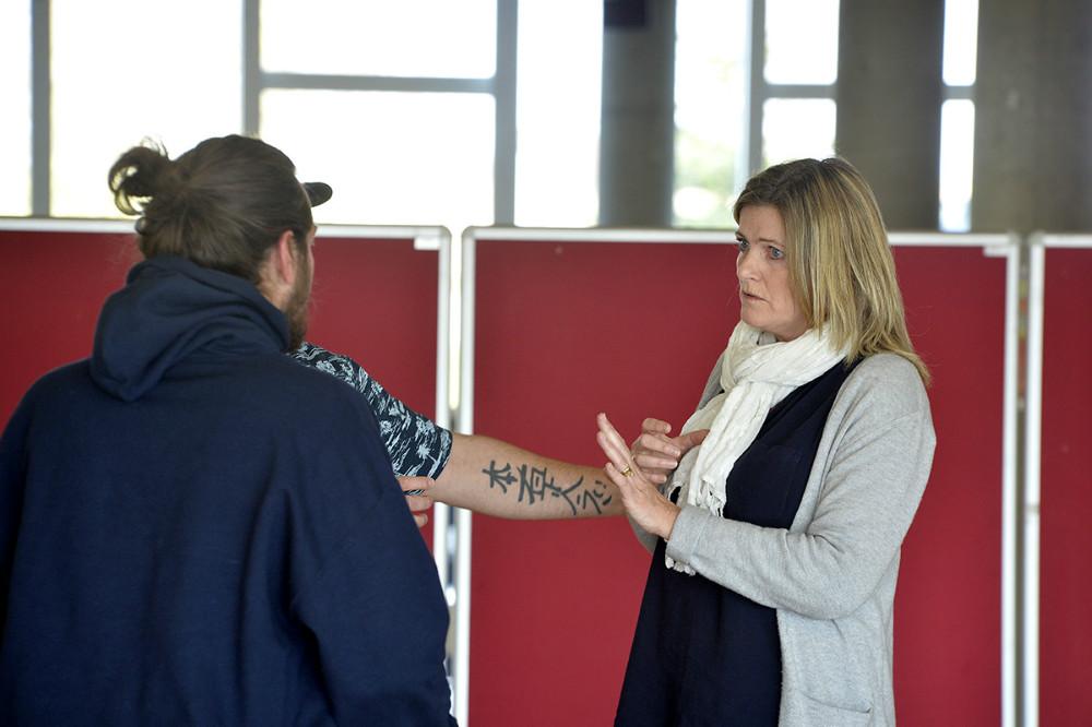 Dagen sluttede med et teaterstykke med udgangspunkt i dilemmaer relateret til væsentlige pointer fra de dagens workshops. Foto: Jens Nielsen