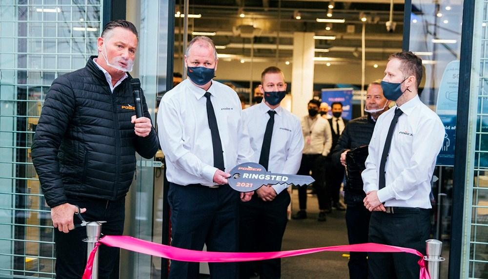 Administrerende direktør i Power Jesper Boysen, Steen Jensen, varehuschef Andreas Rasmussen og Jesper Abkjær Petersen. Privatfoto
