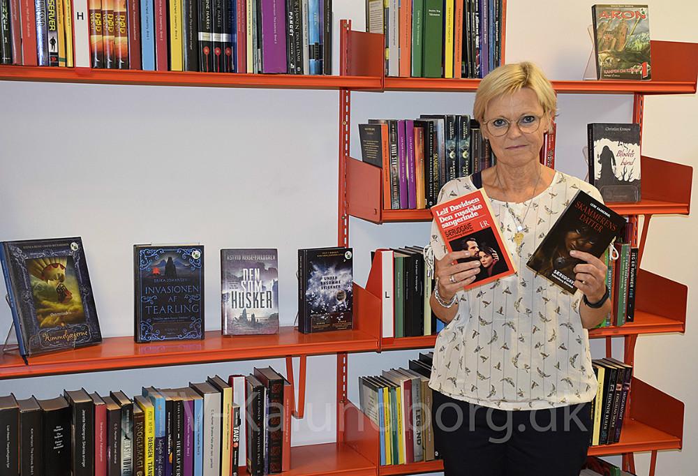 Biblioteksleder ved Kalundborg Biblioteker, Jette Mygind, kan den 15. juni fejre 25 års jubilæum, og hun fortæller bl.a. om, hvordan biliotekerne har forandret sig gennem tiden.Foto: Gitte Korsgaard.
