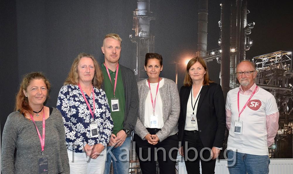 Hele SF holdet i Kalundborg, Pia Olsen Dyhr (i midten) og Jofrid Klokkehaug, adr. direktør for statoil Refining Denmark. Foto: Gitte Korsgaard.