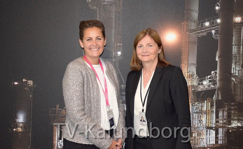Pia Olsen Dyhr (tv), formand for SF og Jofrid Klokkehaug, adm. direktør for Statoil Refining Denmark snakkede i dag overskudsvarme og lovgivning. Foto: Gitte Korsgaard