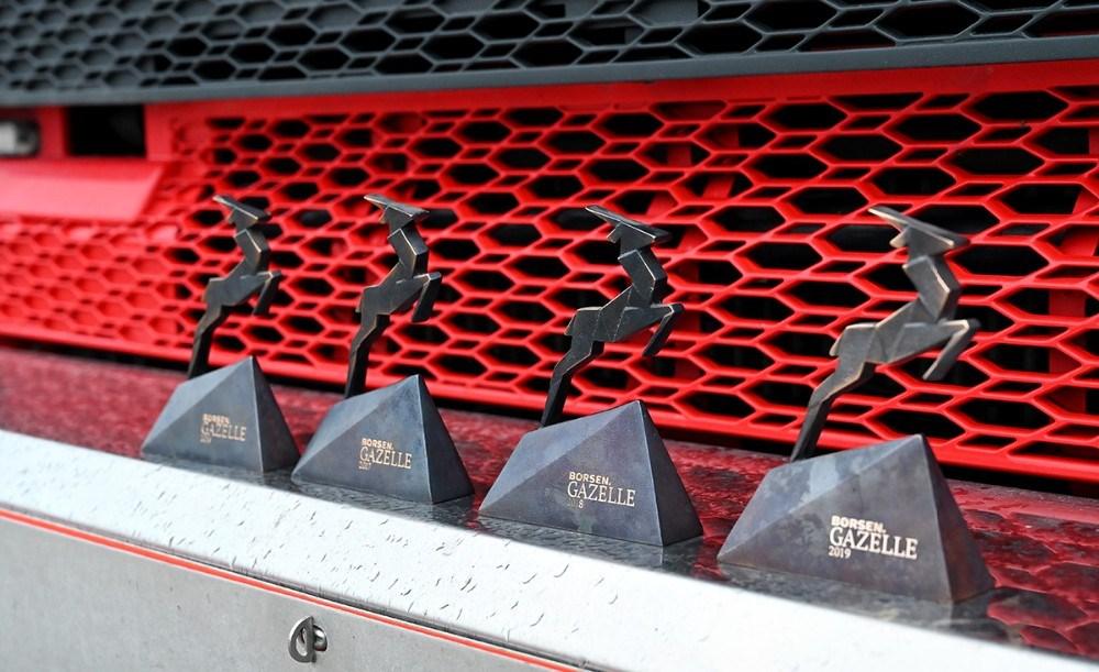 Nu er der hele fire Gazeller på hylden hos Obel Transport i Kalundborg. Foto: Jens Nielsen