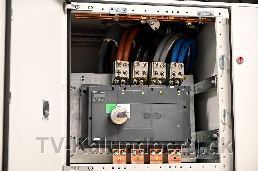 Det er kraftigt udstyr der er monteret. Foto: Jens Nielsen
