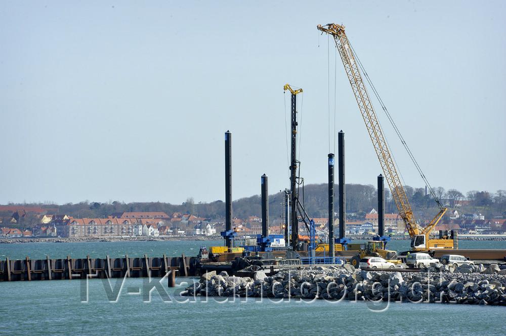 Selve kajvæggen til Ny Vesthavn begynder nu at tage form. Foto: Jens NIelsen
