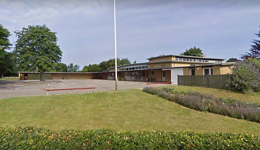 Røsnæs Skole, der står til at lukke i skoleåret 17/18 eller 18/19.