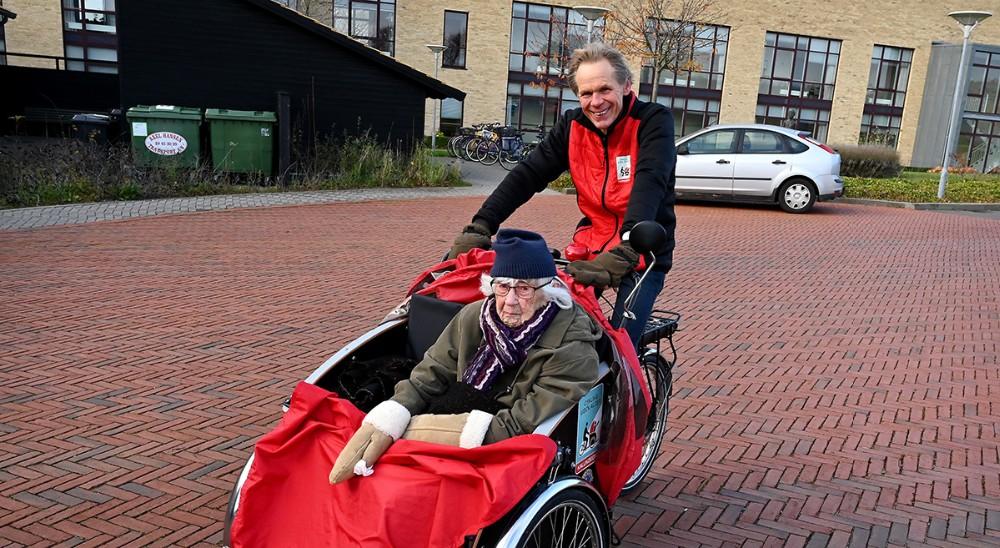 Axel Gadegaard kørte turen som gjorde at Jernholtparken nu har rundet 10.000 km. Foto: Jens Nielsen