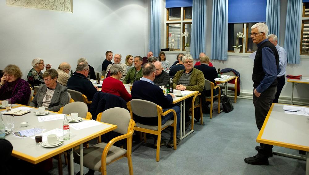 Omkring 30 af lokalrådets 100 medlemmer var mødt op til den årlige generalforsamling i Ubby Forsamlingshus. Foto: Jens Nielsen