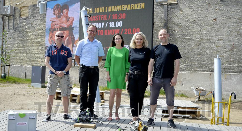 Fra venstre, Mogens Gotlob, Troels Køhl Hoby-Hansen, Cathrine Sinding, Annette Sønder Nielsen og Brian Sønder Andersen. Foto: Jens Nielsen