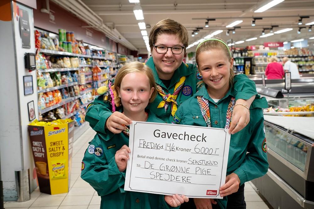 Mathilda Lindberg, Signe Ivø og Andrea Juhl fra De Grønne Pigespejdere i Høng. Foto: Jens Nielsen