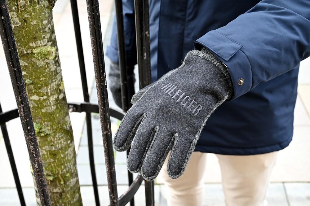 Handsker fra Tommy Hilfinger. Foto: Jens Nielsen