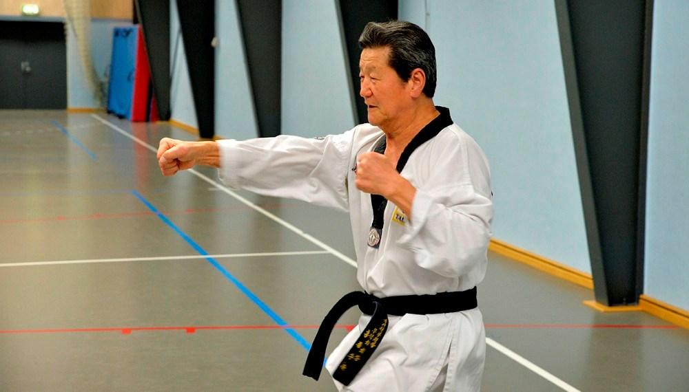 Den koreanske og højest graduerede i Danmark, Choi Kyoung An, med sit 9. Dan, sorte bælte. Foto: Jens Nielsen