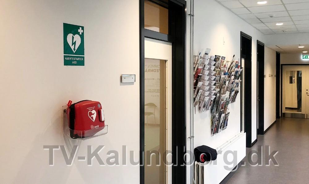 Hjertestarteren på Sundheds- og Akuthuset er ikke tilgængelig hele døgnet. Foto: Jens Nielsen