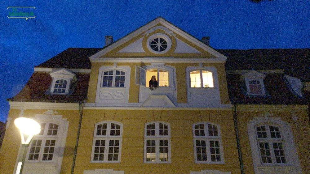 Syng sammen med din nabo. Foto: Jens Nielsen