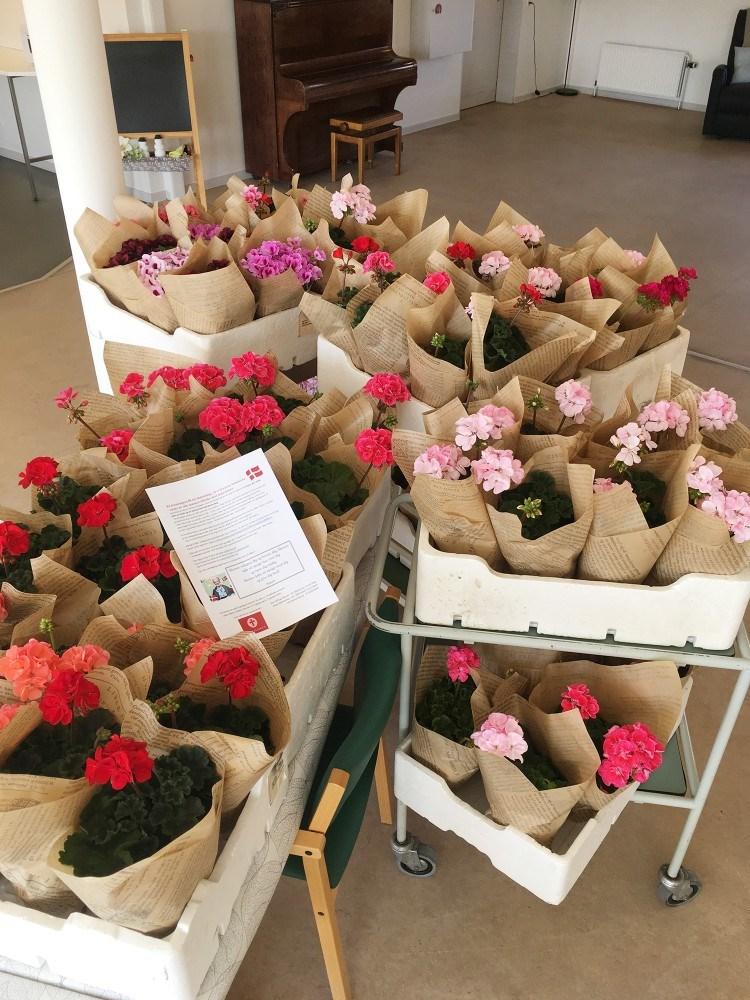 Blomster fra Ubby Kirke til Enggården i Ubby. Privatfoto