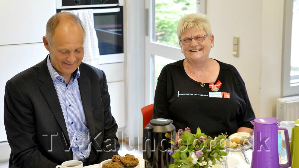Ellis Berthelsen sammen med borgmester Martin Damm. Foto: Jens Nielsen