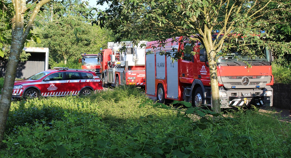 Vestsjællands Brandvæsen mødte frem med et helt slukningstog. Foto: Frederik Jørgensen