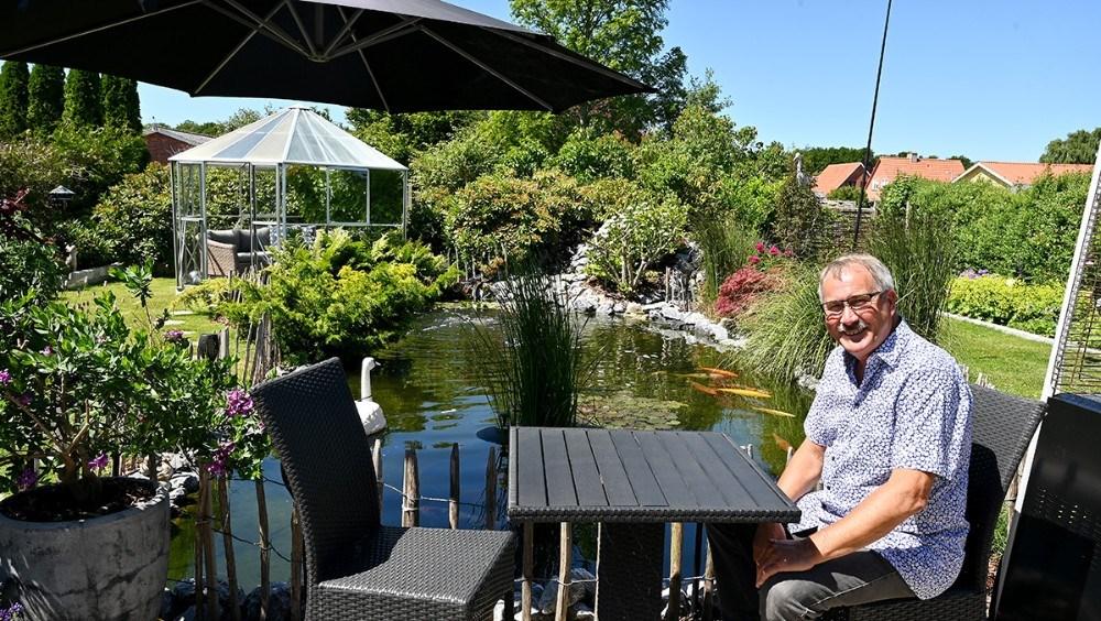 Niels-Erik Sørensen er med i konkurrencen om regionens skønneste have. Foto: Jens Nielsen