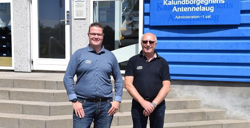 Forretningsfører ved Kalundborgegnens Antennelaug, Daniel Badeby ogIvan Thygesen (th). Foto: Gitte Korsgaard.