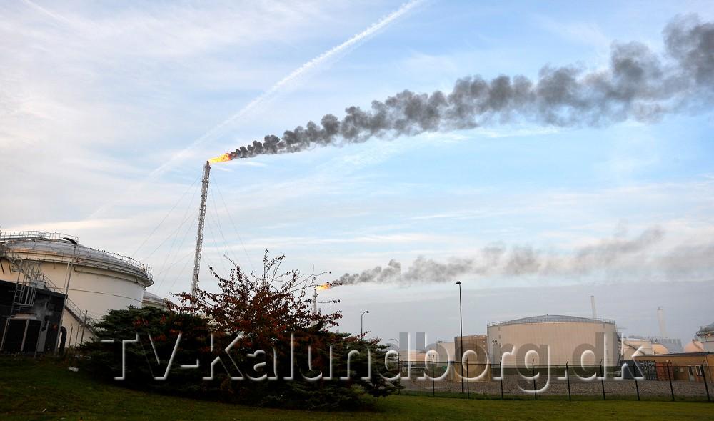 Flaren (den evige flamme) er væsentligt større end normalt. Foto: Jens Nielsen