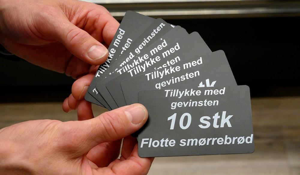 Banko gæsterne kan spille om bl.a. et gavekort til 10 stk. lækkert smørrebrød. Foto: Jens Nielsen