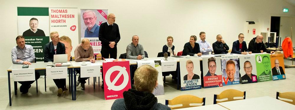 11 kandidater stillede op til vælgermødet i Høng, torsdag aften. Foto: Jens Nielsen