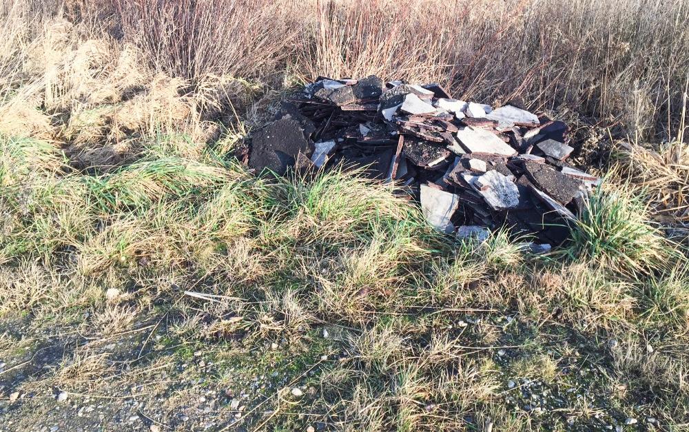 Kalundborg Forsyning er træt af ulovligt affald, der koster tid og borgerne mange penge.