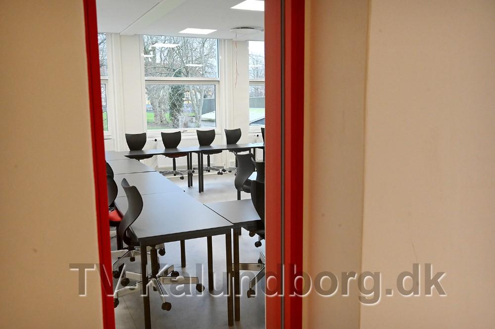 Der er kik ind i alle undervisningslokaler. Foto: Jens Nielsen