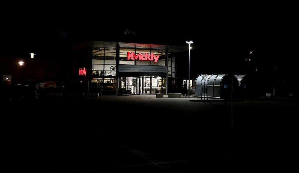I Kvickly Kalundborg var der også helt normale tilstande tirsdag aften kort før lukketid. Foto: Jens Nielsen