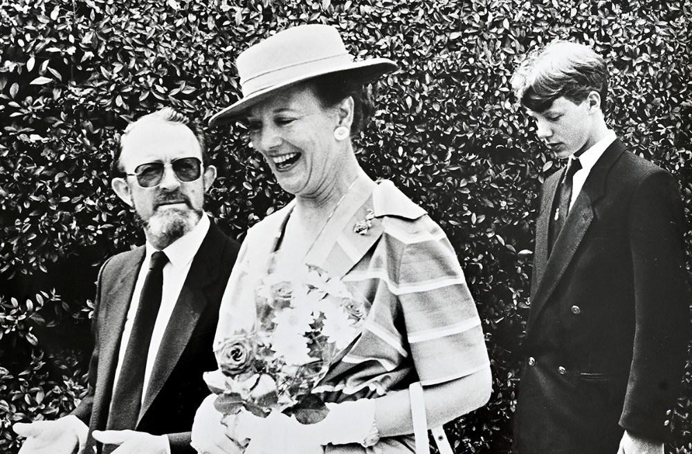 Forhenværende borgmester Aage Brejnrod her sammen med H.M.Dronningen. Foto: Alf Pedersen