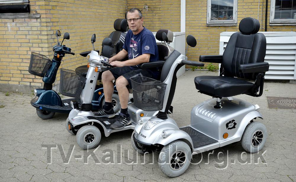 Rene Jensen klar til at levere el-scootere til alle formål. Foto: Jens Nielsen