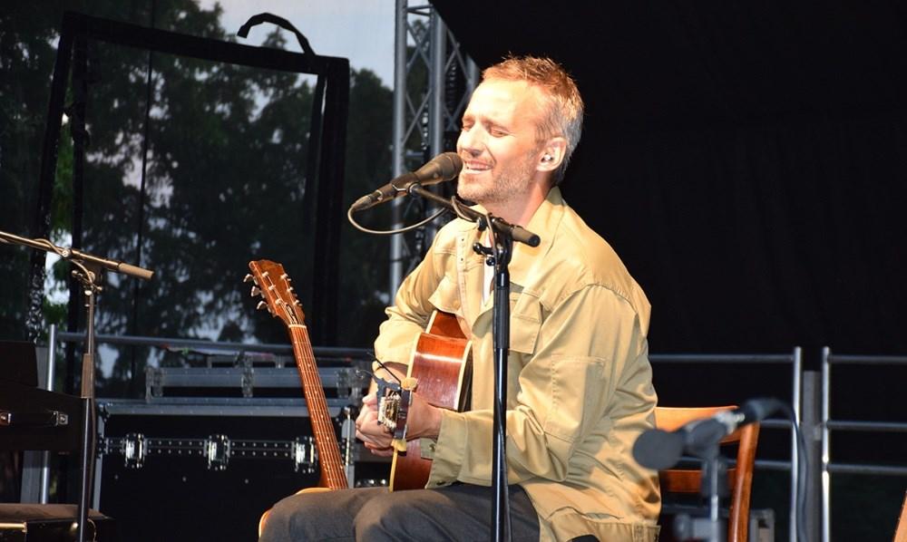 Rasmus Walter spillede også i Musik I Gryden fredag aften. Fotos: Gitte Korsgaard.