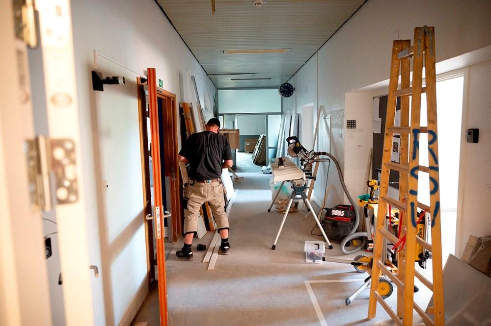 Håndværkerne er ikke helt færdige endnu. Foto: Jens Nielsen